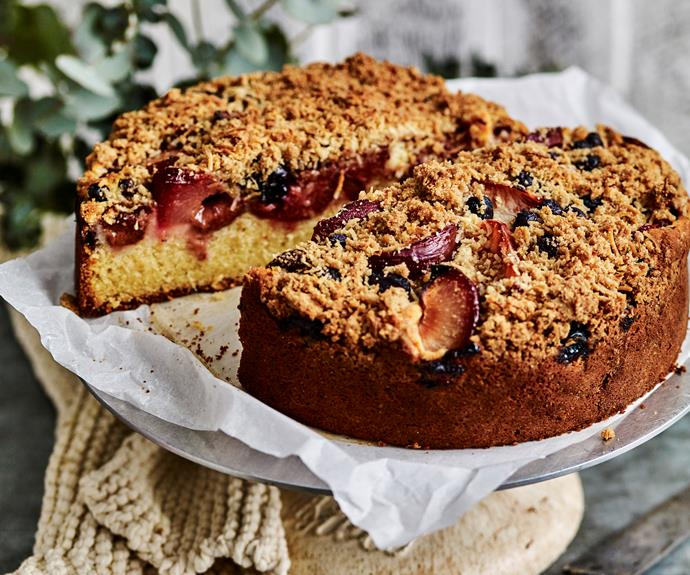 "**[Plum and blueberry crumble cake](http://www.womensweeklyfood.com.au/recipes/plum-and-blueberry-crumble-cake-4049|target=""_blank"")**"