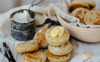 Vanilla bean crumpets