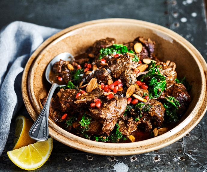 "**[Slow-cooker lamb with kale & pomegranate](https://www.womensweeklyfood.com.au/recipes/slow-cooker-lamb-with-kale-and-pomegranate-31727|target=""_blank"")**  This sweet, meltingly-tender lamb recipe makes a show-stopping dinner-party dish."