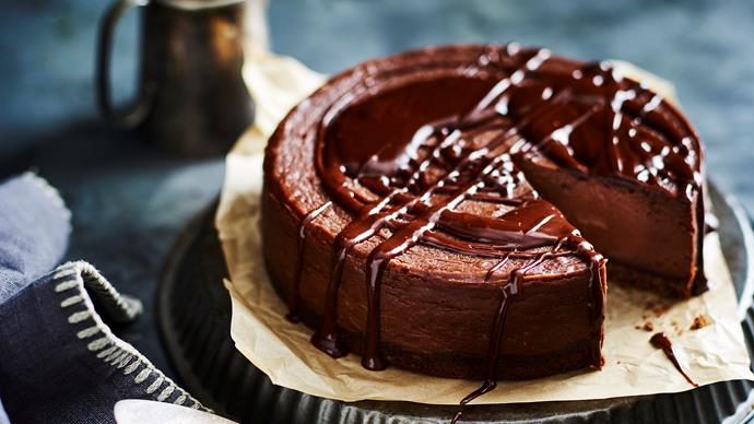 How to make a chocolate hazelnut cheesecake in your slow cooker