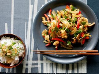 capsicum, chilli and hoisin chicken