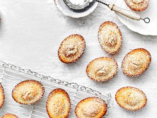 1 almond friands