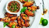 Sticky chicken wings with dipping sauce