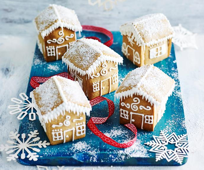 "How to make tiny [gluten-free gingerbread houses](https://www.womensweeklyfood.com.au/recipes/gluten-free-mini-gingerbread-houses-32166|target=""_blank""), the easy way."