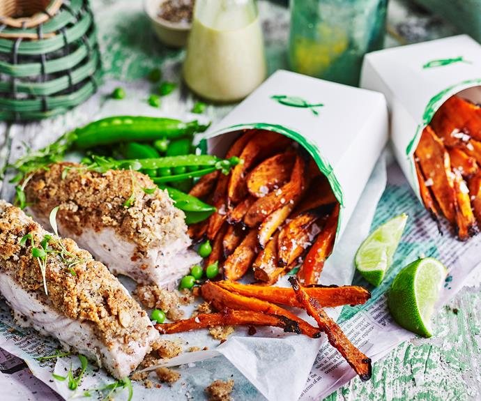 """This gluten free [nut-crusted fish and sweet potato chips](https://www.womensweeklyfood.com.au/recipes/nut-crusted-barramundi-32196
