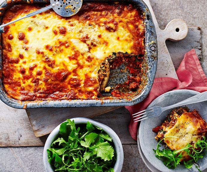 "**[Eggplant bolognese bake](https://www.womensweeklyfood.com.au/recipes/eggplant-bolognese-bake-15229|target=""_blank"")**  For a great low-carb version of lasagne, this hearty and delicious eggplant bolognese is perfect."