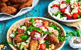 Cauliflower and seeds falafels