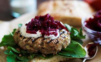 beetroot relish & yogurt lamb burgers