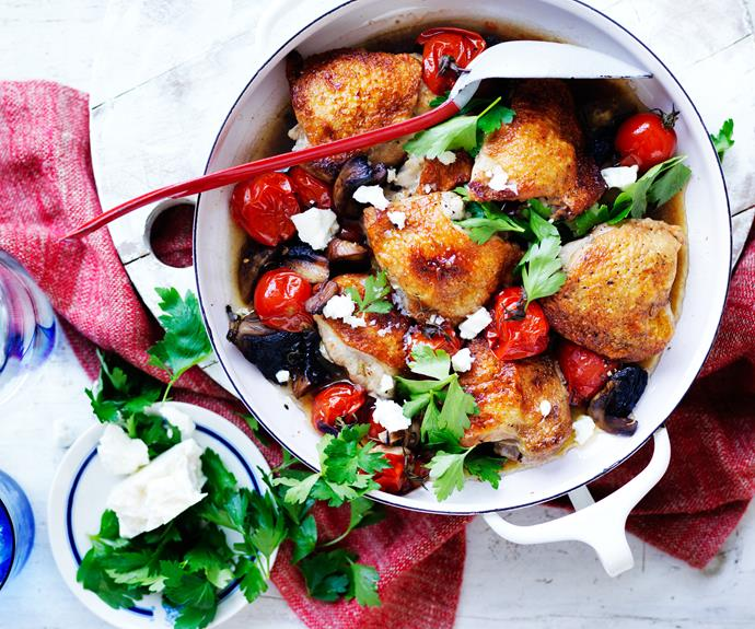 """**[Balsamic tomato and mushroom chicken](https://www.womensweeklyfood.com.au/recipes/balsamic-tomato-and-mushroom-chicken-32271 target=""""_blank"""")**  With the freshness of tomato, earthyness of mushrooms salty fetta and tart balsamic this chicken casserole is full of flavour and ready in no time."""