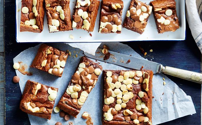 4-ingredient triple choc brownies
