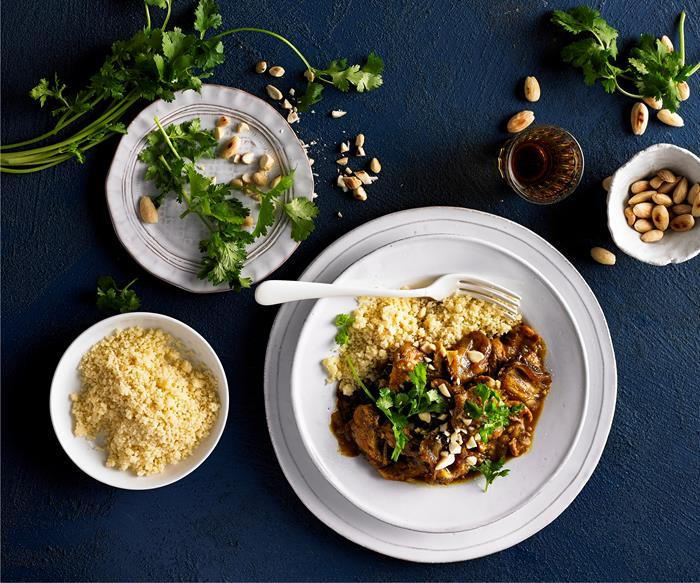 Chicken tagine with dates and honey