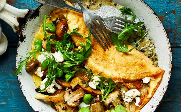 Mushroom and goat's cheese omelette
