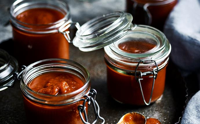 Sweet and savoury sauce collection