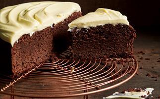Buttermilk chocolate cake with white chocolate ganache