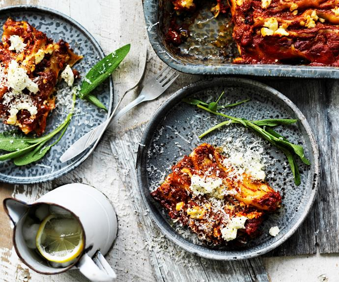 """Feed the family with this nourishing [spinach, cheese and potato cannelloni](https://www.womensweeklyfood.com.au/recipes/spinach-cheese-and-potato-cannelloni-29446