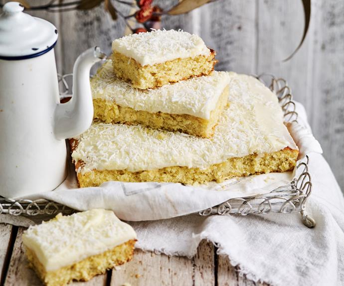 PINEAPPLE AND COCONUT Slice