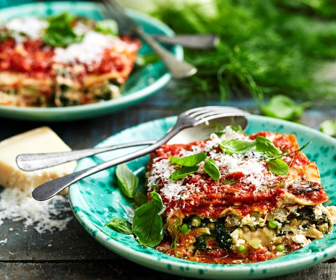 """**[Pea, fennel and spinach lasagne](https://www.womensweeklyfood.com.au/recipes/pea-fennel-and-spinach-lasagne-5598