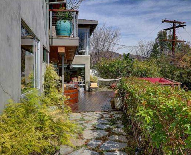 This is where Ryan Gosling gets his fruit and veg - the property boasts fruit trees and vegetable boxes.