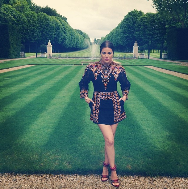 Posted by: Khloe Kardashian Here's Khloe in a Valentino mini dress, taking a walk through the pristine gardens at Valentino's place.