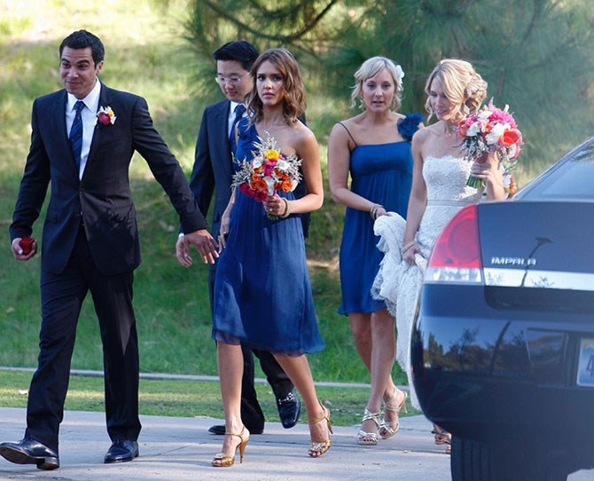 It was pretty cool seeing Jessica Alba do all the regular bridesmaid stuff with hubby Cash Warren by her side as best man at Amir Khastoo and Jacqui Lang's wedding.
