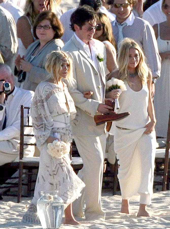 **Mary-Kate and Ashley Olsen** <br><br> In their first known stint as bridesmaids, Mary-Kate and Ashley Olsen seem to enjoy the role. Playing bridesmaids back in 2007, the Olsen twins looked every bit beach-bohemian in Cabo.