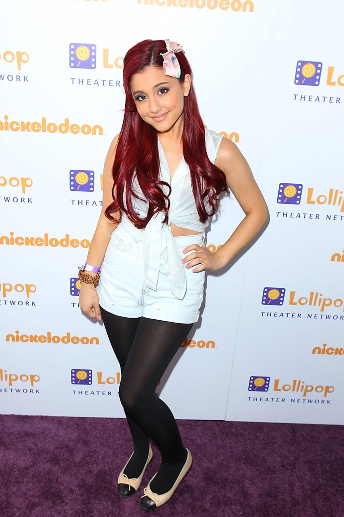Old school Ariana liked to wear bows in her hair and flats on her feet.