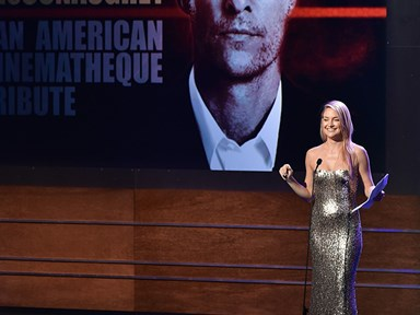Kate Hudson's impression of Matthew McConaughey is SPOT ON