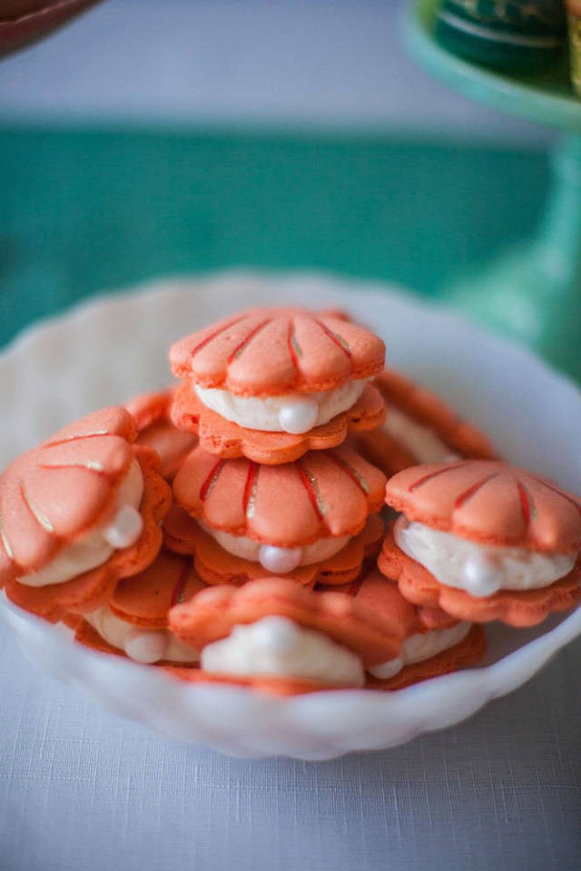 Macaroons, shaped like clams with pearls in them. Why didn't WE think of that?