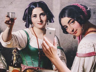 'Museum of Selfies' tumblr gives classic artwork hilarious twist