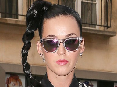 "Katy Perry slams Aussie paparazzi as ""perverted and disgusting"""