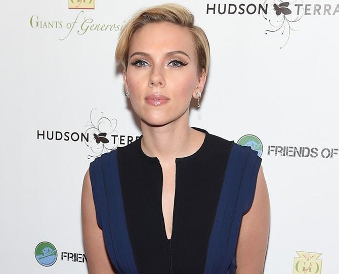 Scarlett Johansson is no stranger to having short hair...