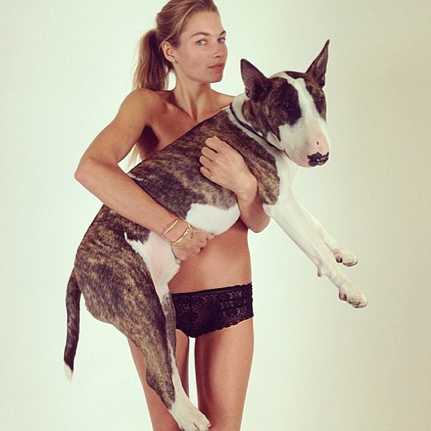 "Jess Hart with a [Neville Jacobs](http://instagram.com/nevillejacobs/|target=""_blank"") bra!"