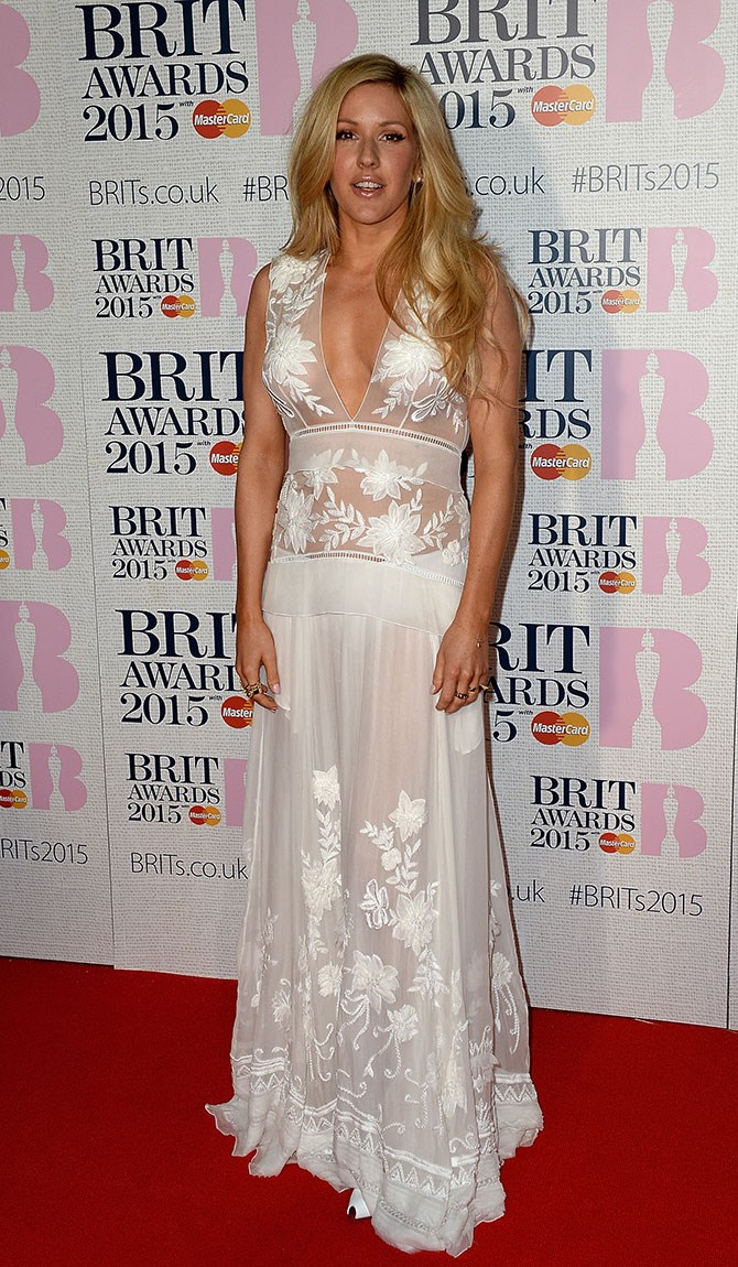 Ellie Goulding resembles a luxe shower curtain and still looks amazing.