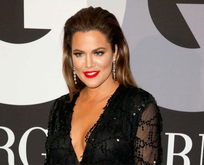 Just when you thought Khloe's hair had settled, she switches it up BIG time.
