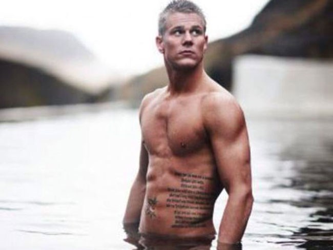 The hottest guys on Tinder from around the world