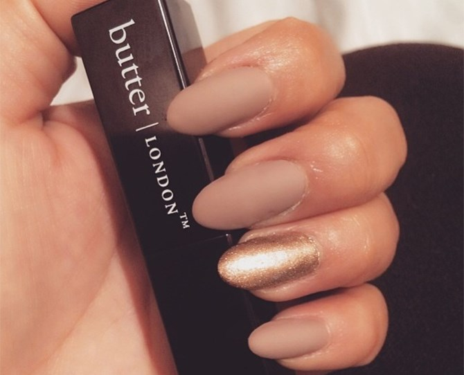 We love the striking juxtaposition of a muted nude alongside a hot gold colour this autumn.