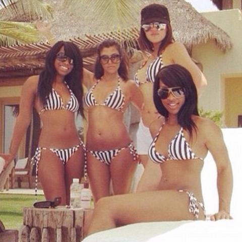 Kardashians who match their bikinis, snap their bikinis.