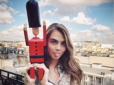 Cara Delevingne denies breakup with St Vincent on twitter