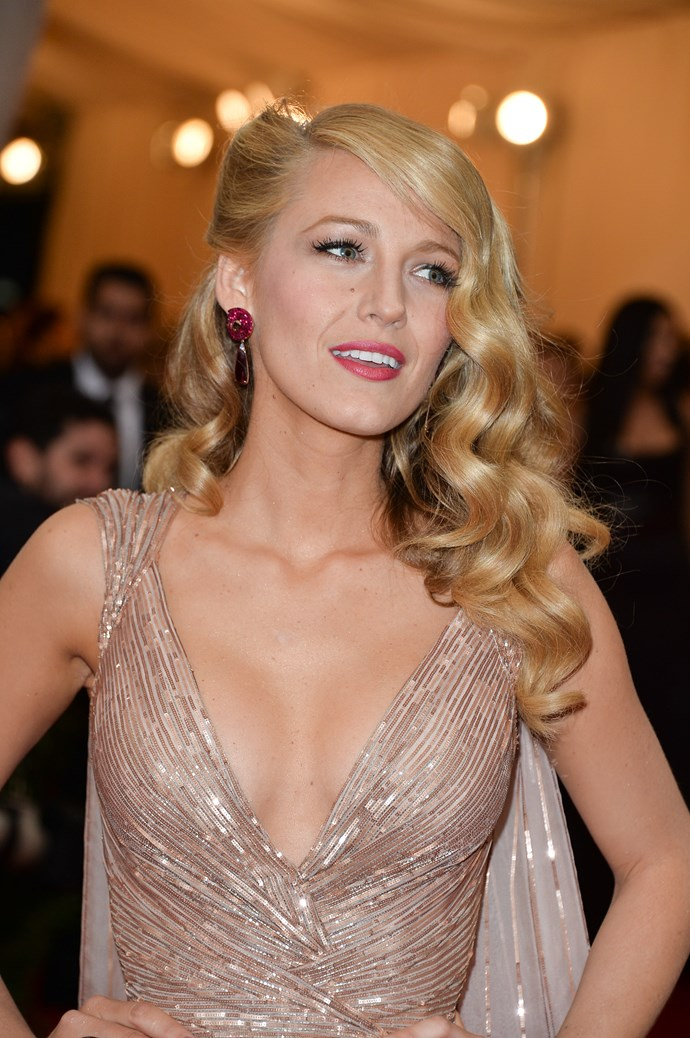 Your hairstyle game must be pretty darn strong when it steals the attention away from your hot husband. Yep, Blake channelled major Old Hollywood glamour with this timeless look at the Met Gala. (Brb, pinning this to our dream wedding board.)