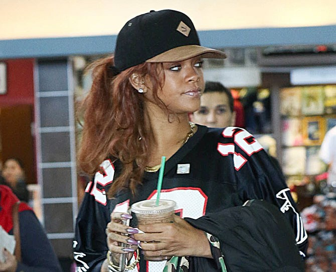 Rihanna's barely had her long, copper locks five minutes and she's already got a totally new style...