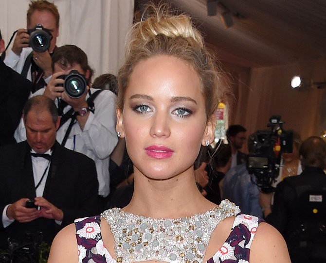 For pink undertones, look for shades with blue or purple tones in them like fuchsia pink or plum.