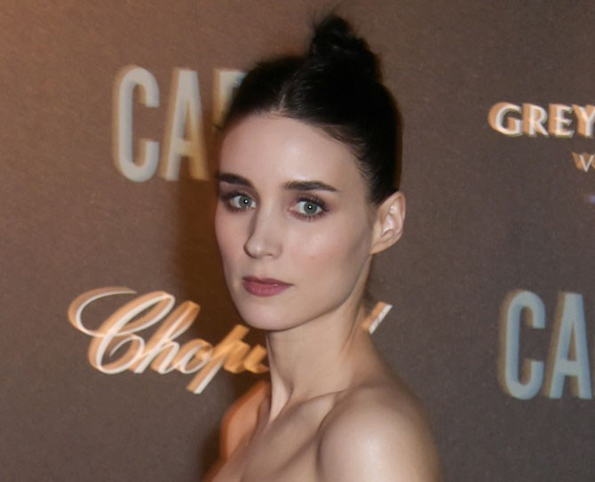 Rooney Mara proves giving good brow is easy with brow powder and gel. DAYUM.
