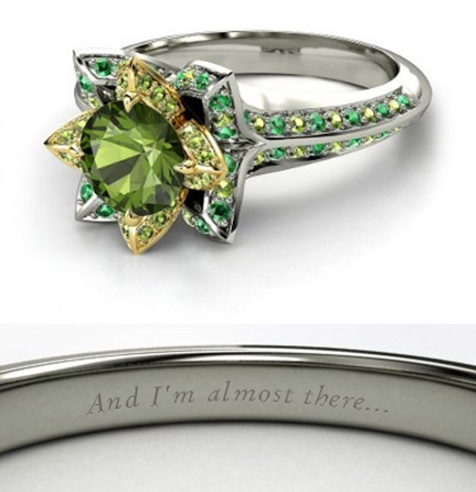 Princess Tiana's bling makes us green with envy. Given her kiss with a frog, it makes sense to have emeralds and other forresty-coloured stones.