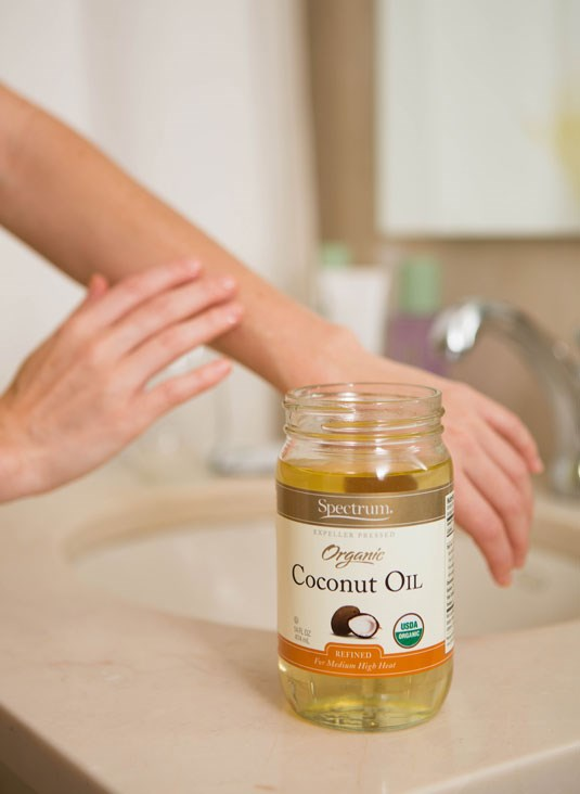 **17. Moisturise with coconut oil.** An easy and organic way to hydrate your skin is by using coconut oil. Thanks to the fatty acids it contains, your skin will feel instantly smoother after you slather it on!