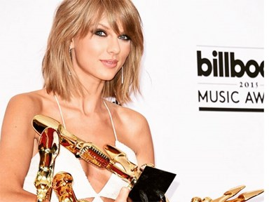 UPDATE: Taylor Swift  has successfully convinced Apple to change their mind