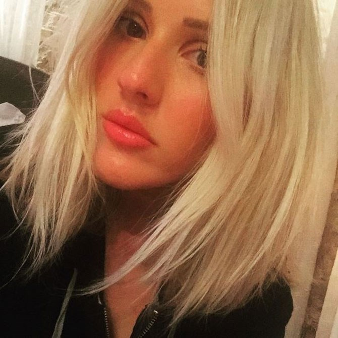 Just when you'd grown to love Ellie Goulding's buttery blonde bob, she's added a little edgy somethin' somethin'.
