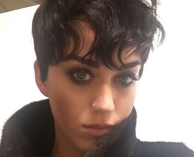 Katy Perry's raven hair is NO longer.