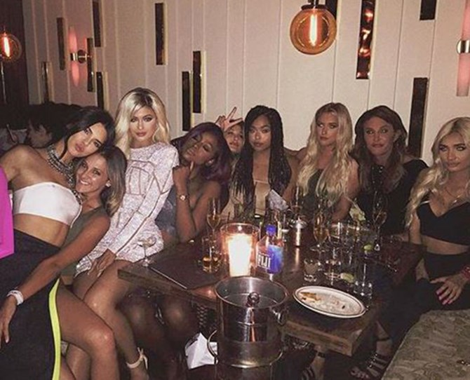 She channeled Kim for her 18th birthday and decided to rock platinum blonde hair. Seriously, is there *ANY* colour Kylie can't pull off? She obvs has a never-ending collection of wigs.