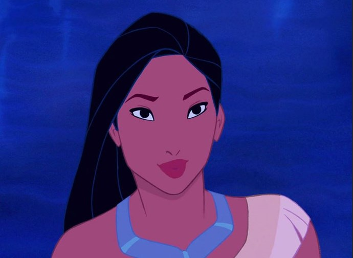 Pocahontas knows a thing or two about being precise with kohl while keeping the rest of her makeup minimal.
