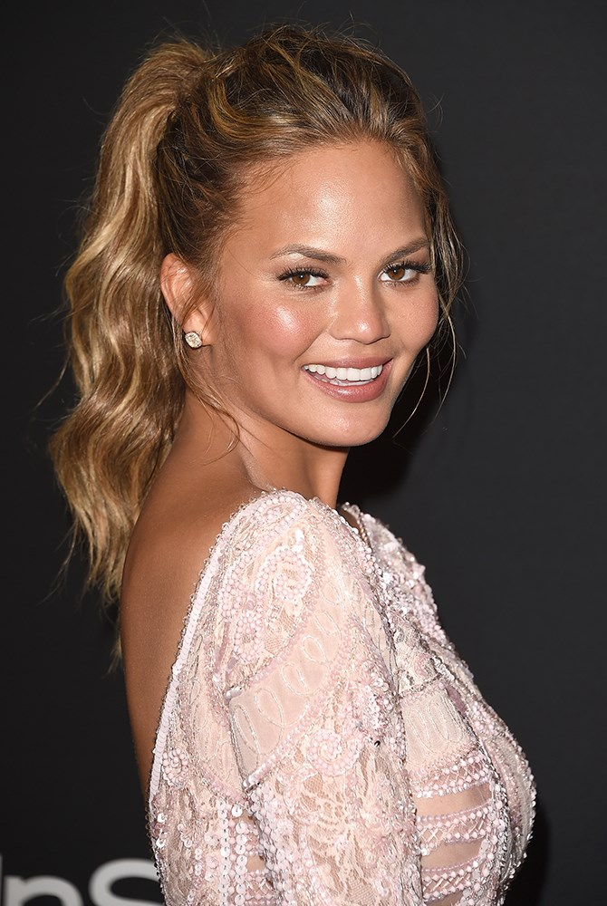 **4. Highlighting and a polished ponytail on point.**